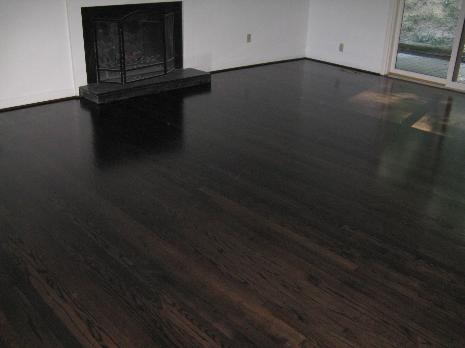 Ebony stained hardwood floors m o d f r u g a l for Staining hardwood floors