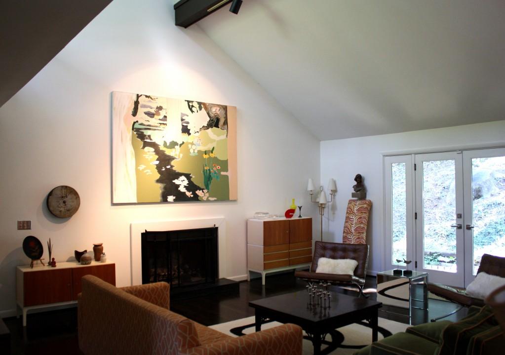Reagle Beagle's Living Room