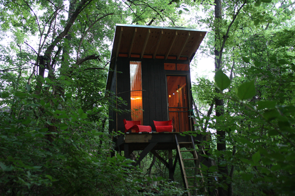 Shed roof treehouse m o d f r u g a l for How to build a treehouse roof