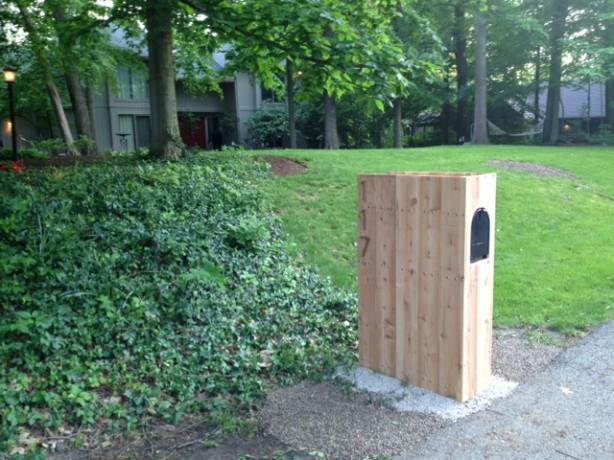 Crockett mailbox